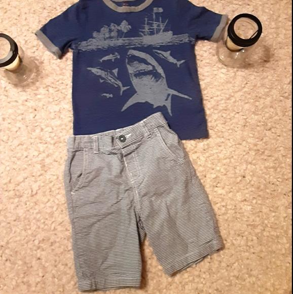 Boy's 5t. Fits like 4t. Gray/blue stripe shirts &
